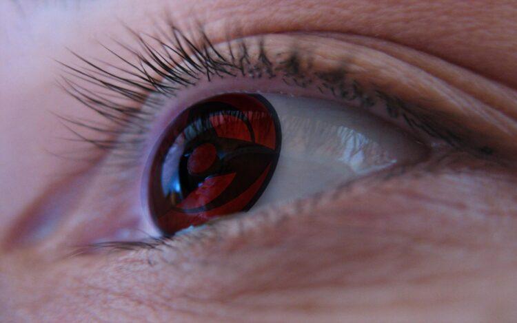 клиентов, фото глаза с красными зрачками летучая