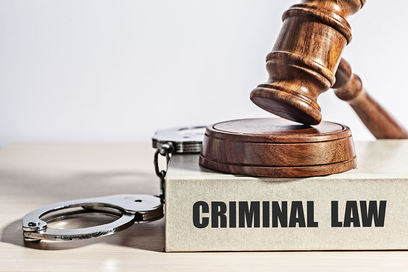 When Do You Need to Call a Criminal Lawyer? - Hi Boox